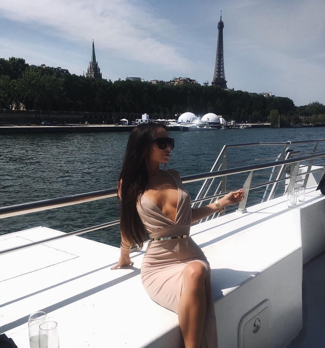 Services d'escorte à Paris